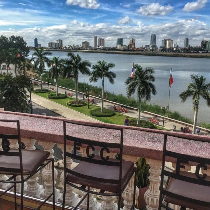 Foreign Correspondence Club Phnom Penh