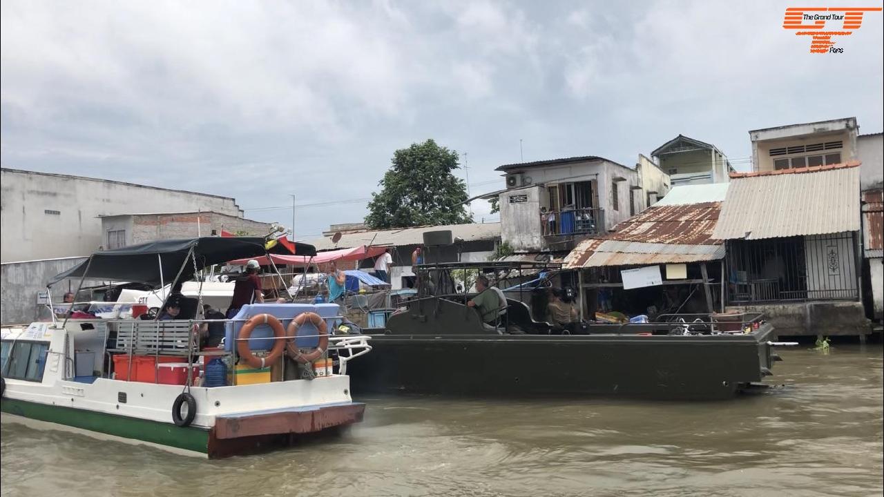 Floating Market Cái Bè